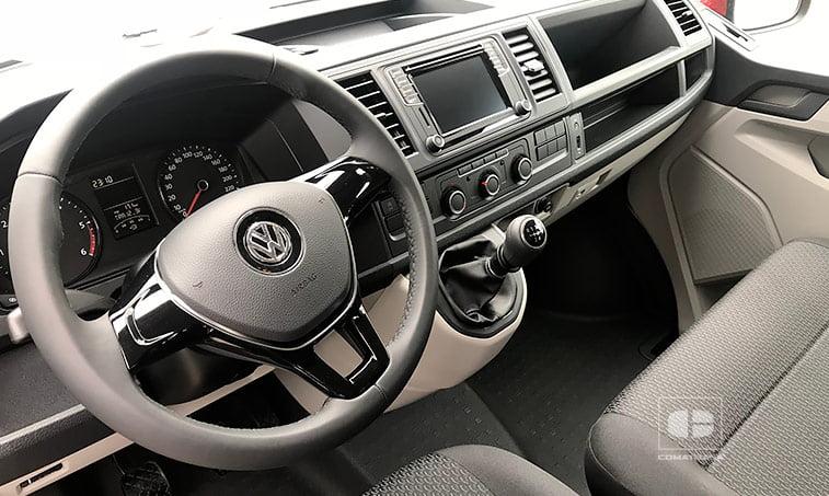 interior VW Caravelle 2.0 TDI 114 CV Mixto Adaptable 2018