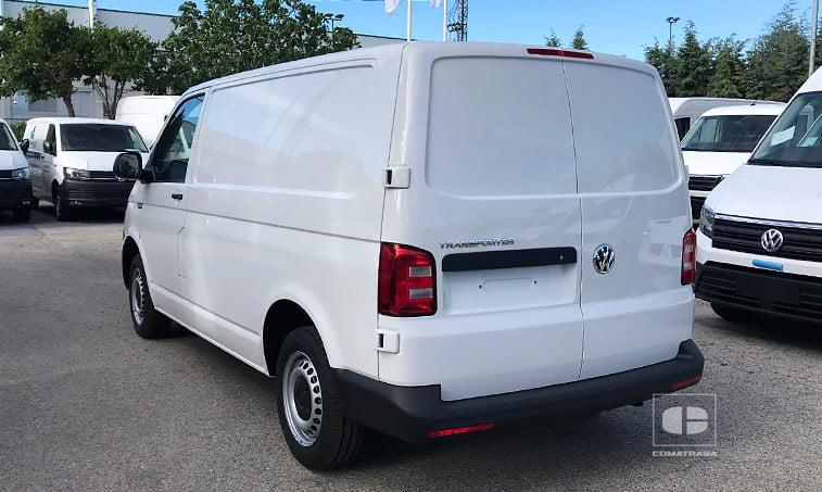 lateral izquierdo VW Transporter 2.0 TDI 102 CV Batalla Corta 2018