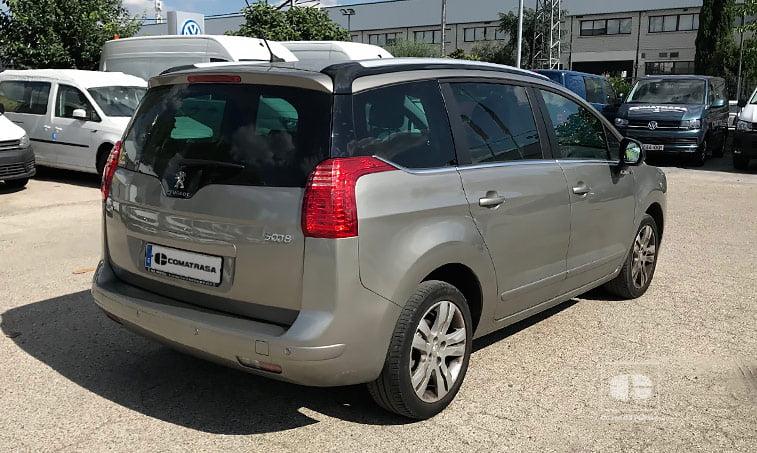 lateral derecho Peugeot 5008 1.2 Pure Tech 130 CV (gasolina) 2016