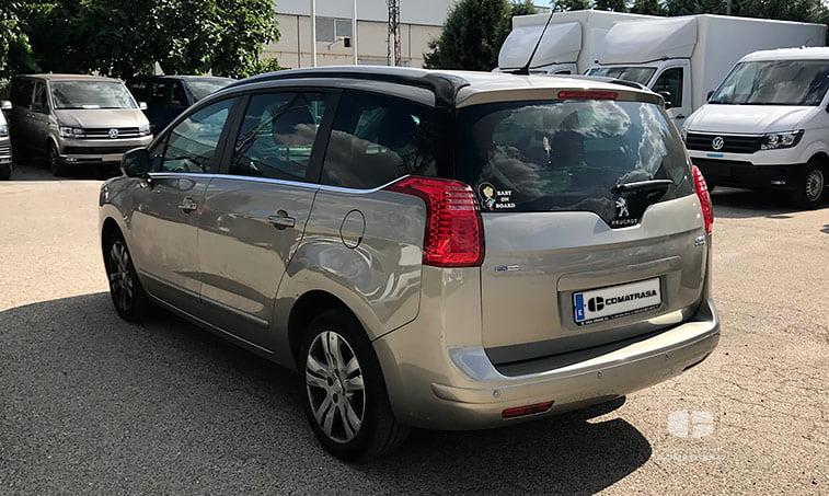 lateral izquierdo Peugeot 5008 1.2 Pure Tech 130 CV (gasolina) 2016