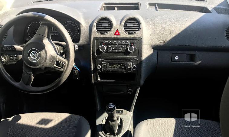 interior Volkswagen Caddy Kombi 1.6 TDI 75 CV Mixto