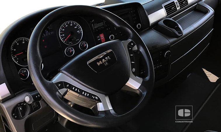 interior MAN TGX 18480 4x2 BLS Tractora 2013