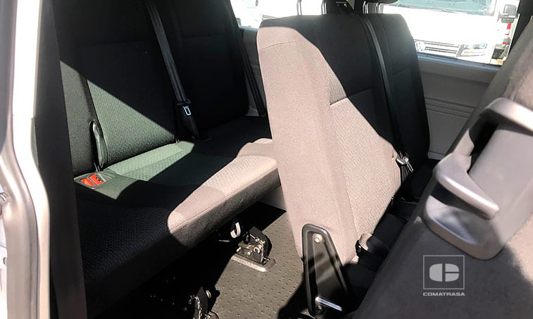 9 asientos VW Caravelle Trendline 102 CV 2.0 TDI Batalla Corta