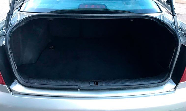 maletero Audi A4 QUATTRO 1.9 TDI 110 CV