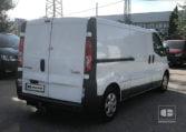 lateral derecho Renault Trafic 115 CV 2.0 DCI 2013