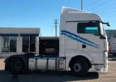 lateral derecho Tractora MAN TGX 18480 4x2 BLS