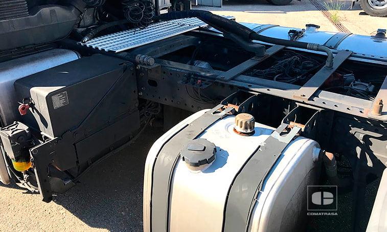 doble depósito combustible Tractora MAN TGX 18480 4x2 BLS