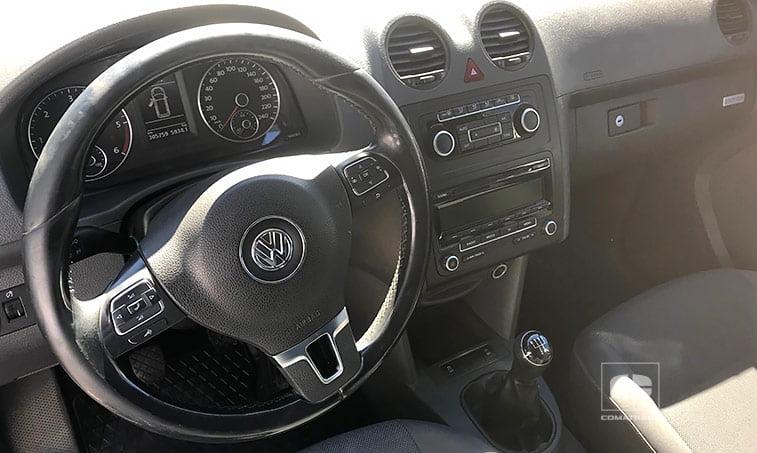 volante multifuncional VW Caddy 1.6 TDI 102 CV Furgoneta Ocasión 2013