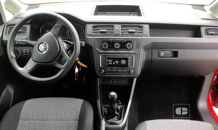 interior VW Caddy Profesional Kombi 2.0 TDI 75 CV Mixto