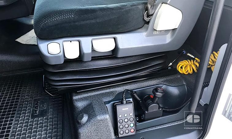 asientos MAN TGX 18440 4x2 BLS con Equipo Hidráulico
