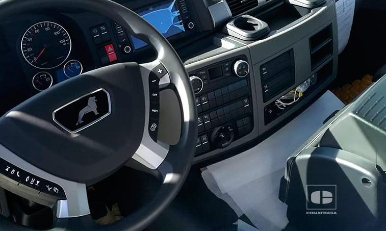 interior cabina MAN TGS 26500 6x2-4 BL Porta-contenedor