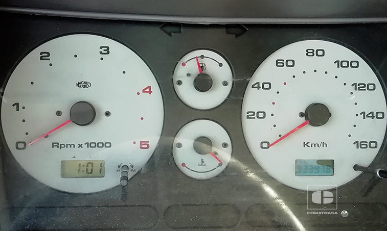 kilometros Nissan Cabstar TL110.45 3.0 TD 110 CV Grúa Portavehículos