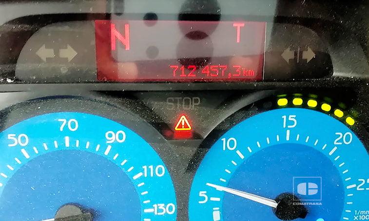 kilómetros Renault Premium 270 DCI Camión Frigorífico con Trampilla