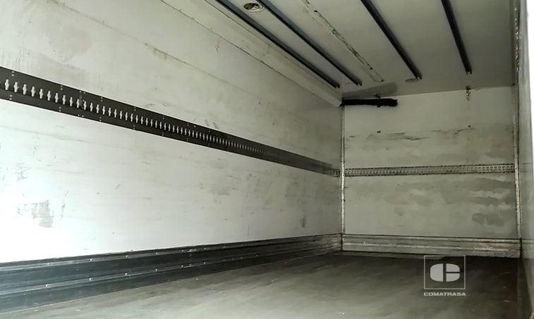 zona de carga Renault Premium 270 DCI Camión Frigorífico con Trampilla