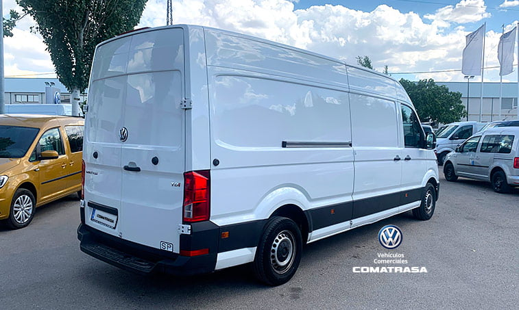 lateral VW Crafter 35 140 CV 2.0 TDI L4H3 2017