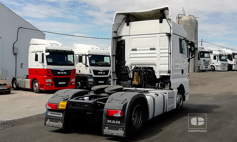 lateral trasero MAN TGX 18480 BLS Efficientline Cabeza Tractora