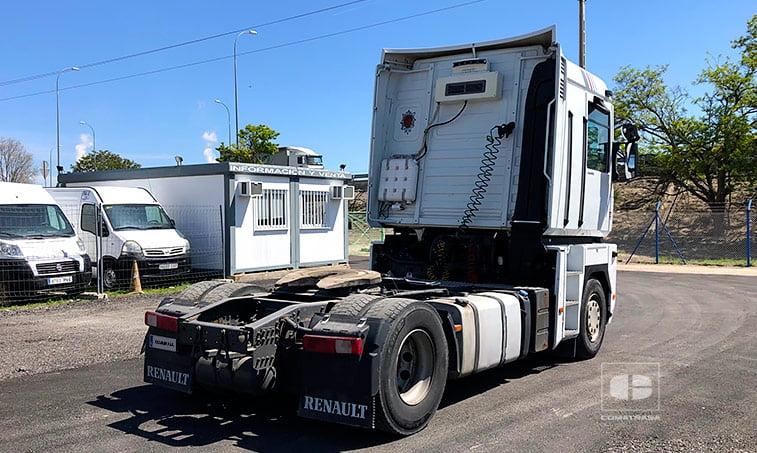 lateral Renault Magnum 460.18 T Cabeza Tractora