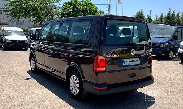 lateral VW Caravelle Trendline 102 CV 2.0 TDI