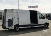 lateral MAN TGE 3140 2.0 TDI 140 CV
