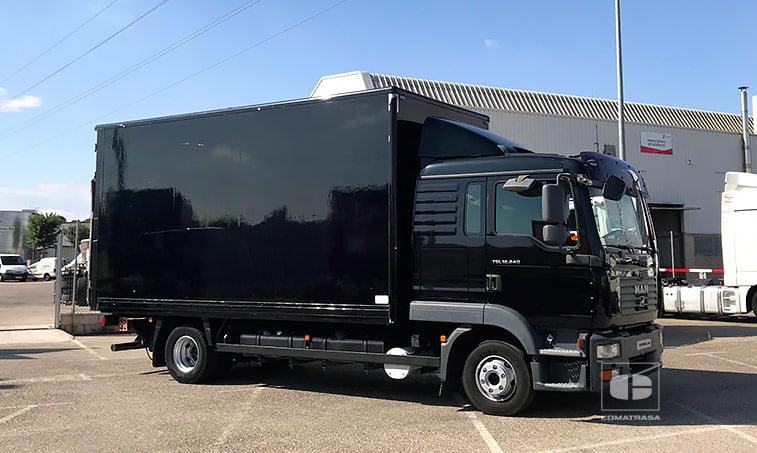 MAN TGL 12240 camión caja cerrada