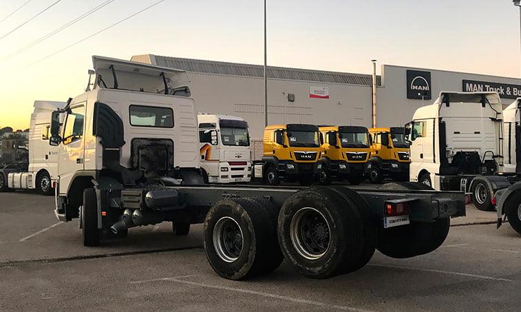 lateral Volvo FM12 62 DT AR Camión Portacontenedores