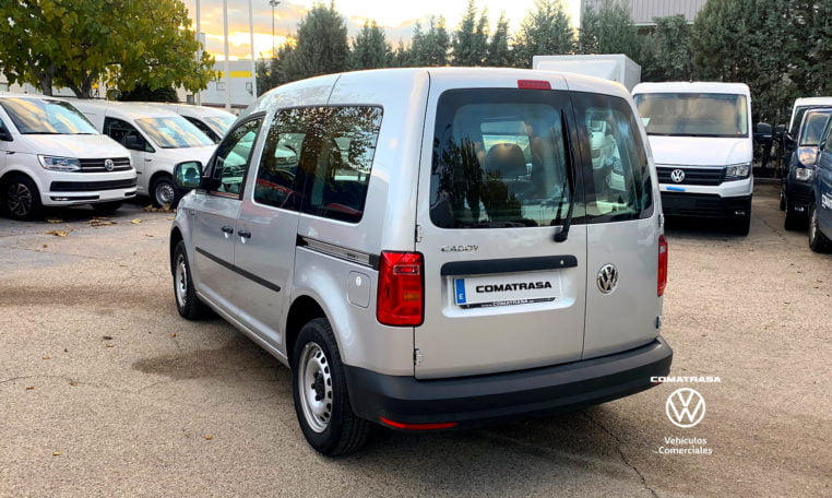 lateral izquierdo Volkswagen Caddy Pro Kombi DSG 102 CV