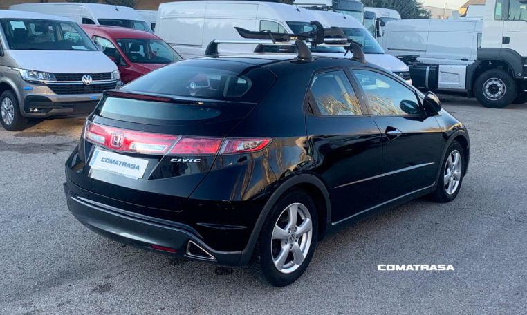 lateral derecho Honda Civic 1.4 i-VTEC 99 CV