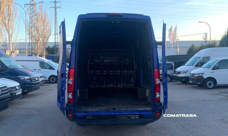 zona de carga Iveco Daily 35S17 L3H3 3.0 D 170 CV