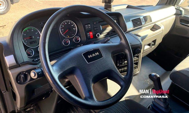 interior cabina MAN TGL 12250