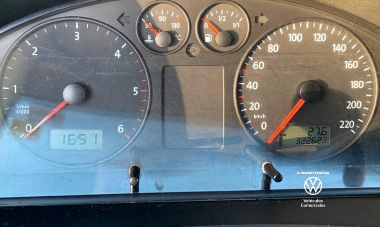 kilómetros Volkswagen Transporter T5 2.5 TDI