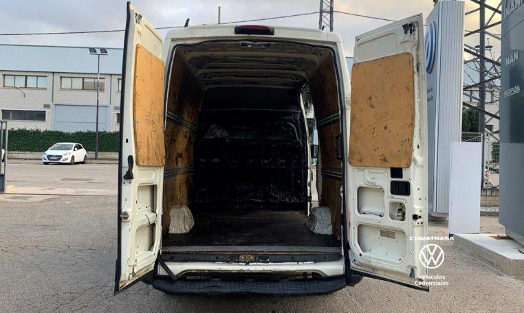zona de carga Iveco Daily 35S13