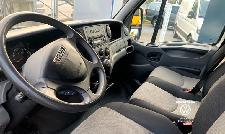 interior Iveco Daily 35S13