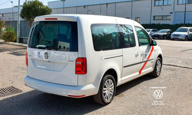lateral derecho TAXI Volkswagen Caddy