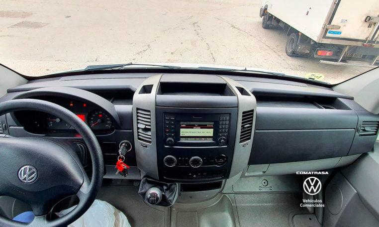 interior Volkswagen Crafter Box 35