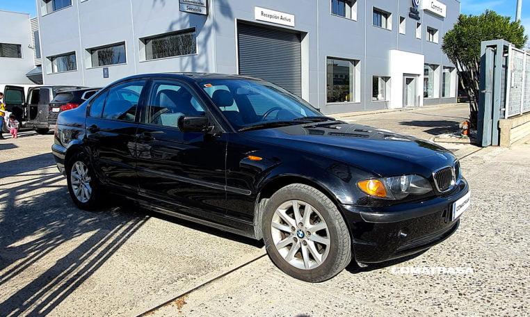 2004 BMW Serie 3 318i
