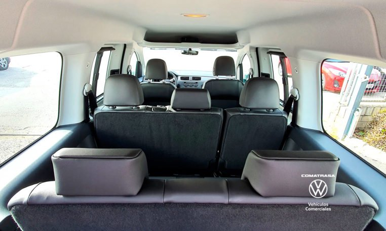 7 plazas Volkswagen Caddy Maxi TGI