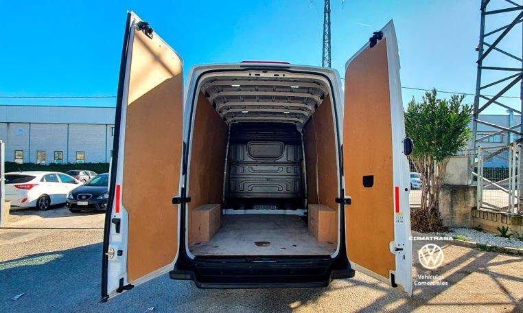 zona de carga Volkswagen Crafter 30 L3H3