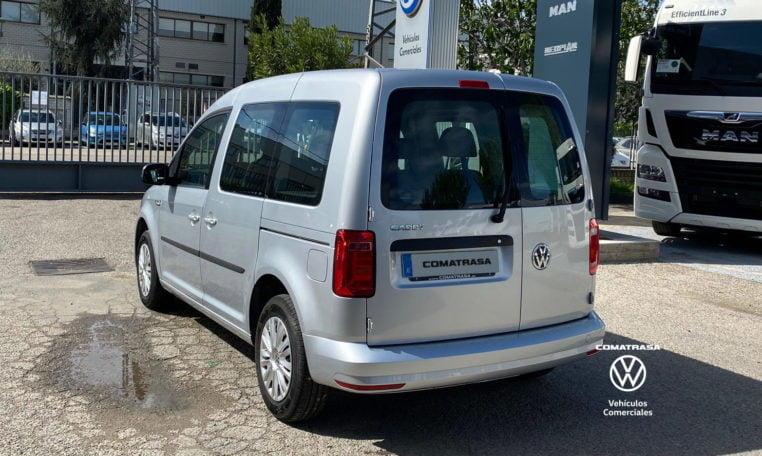lateral izquierdo Volkswagen Caddy 102cv