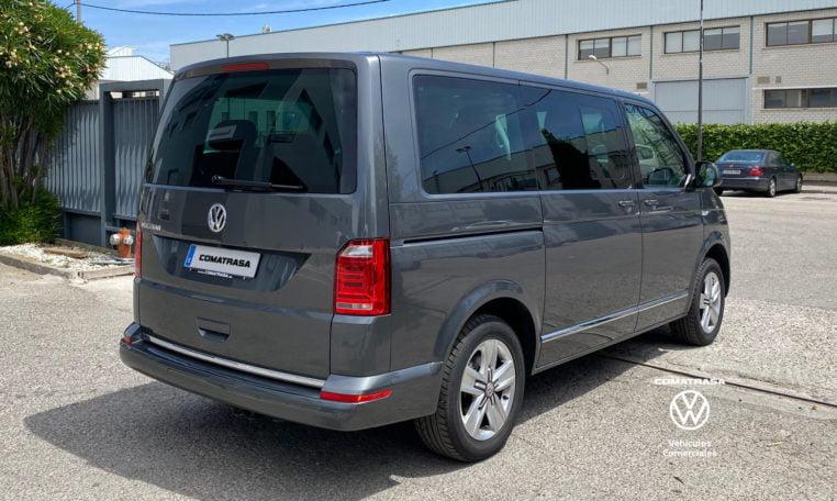 lateral derecho Volkswagen Multivan Premium DSG
