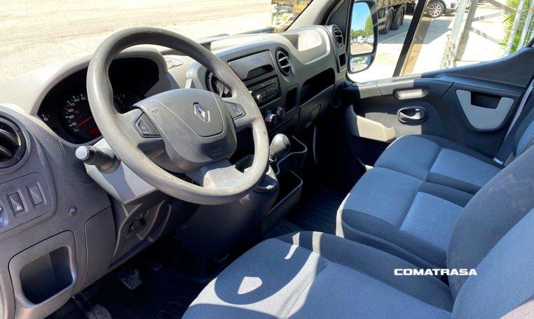 interior Renault Master 35 L3H2 2.3 dCi 150 CV