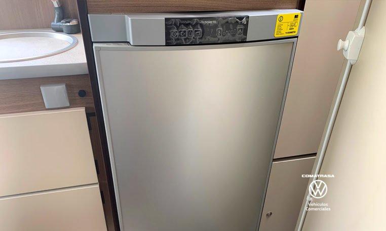 frigorífico Volkswagen Crafter Camperizada