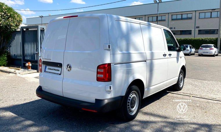 lateral derecho Volkswagen Transporter T6