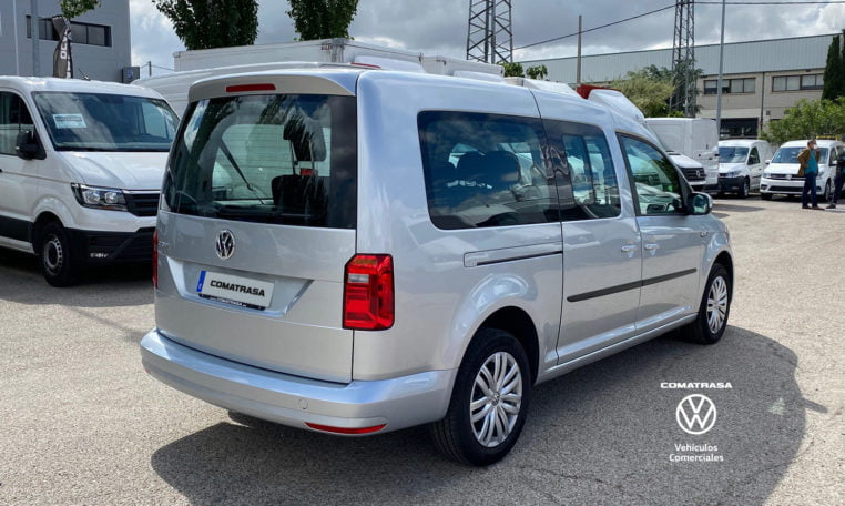 lateral derecho Volkswagen Caddy Maxi