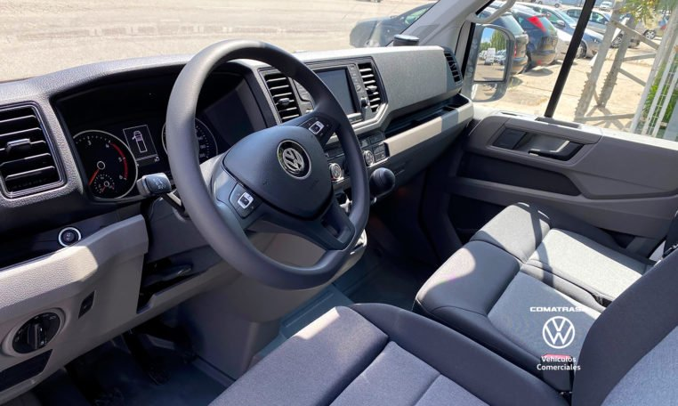 interior VW Crafter Box