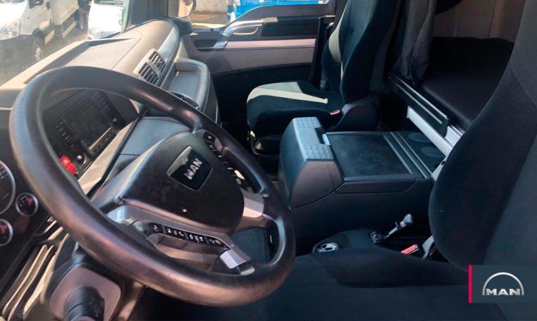 interior cabina MAN TGX 18.480 BLS Cabeza Tractora