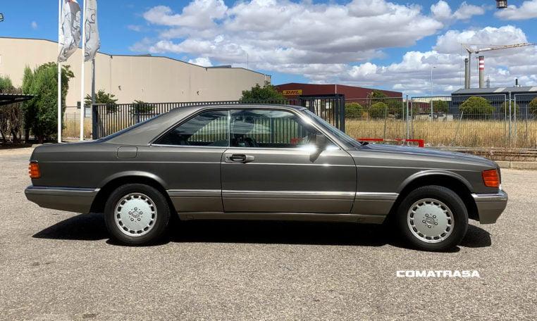 lateral Mercedes-Benz 560 SEC