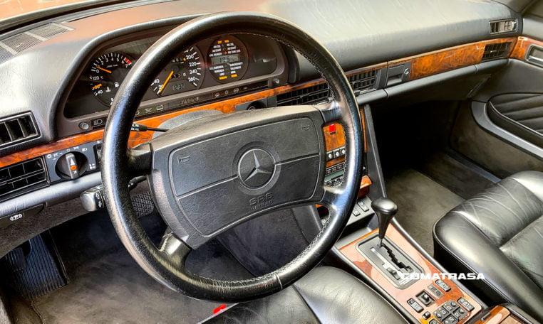 interior Mercedes-Benz 560 SEC
