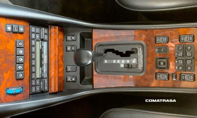 Mercedes-Benz 560 SEC 6.0 Automático