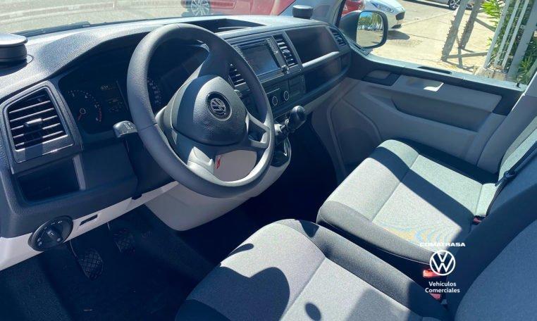 interior Volkswagen Transporter T6 batalla larga