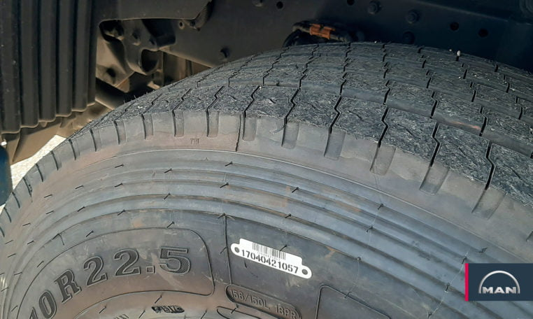 neumáticos delanteros MAN TGS 18.480